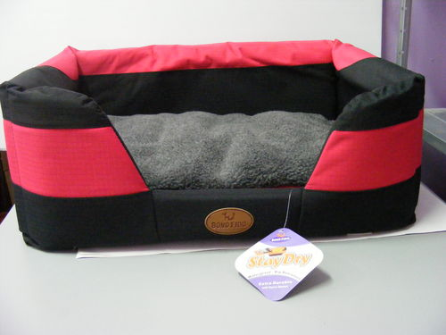 Stay Dry Bed Large RedBlack